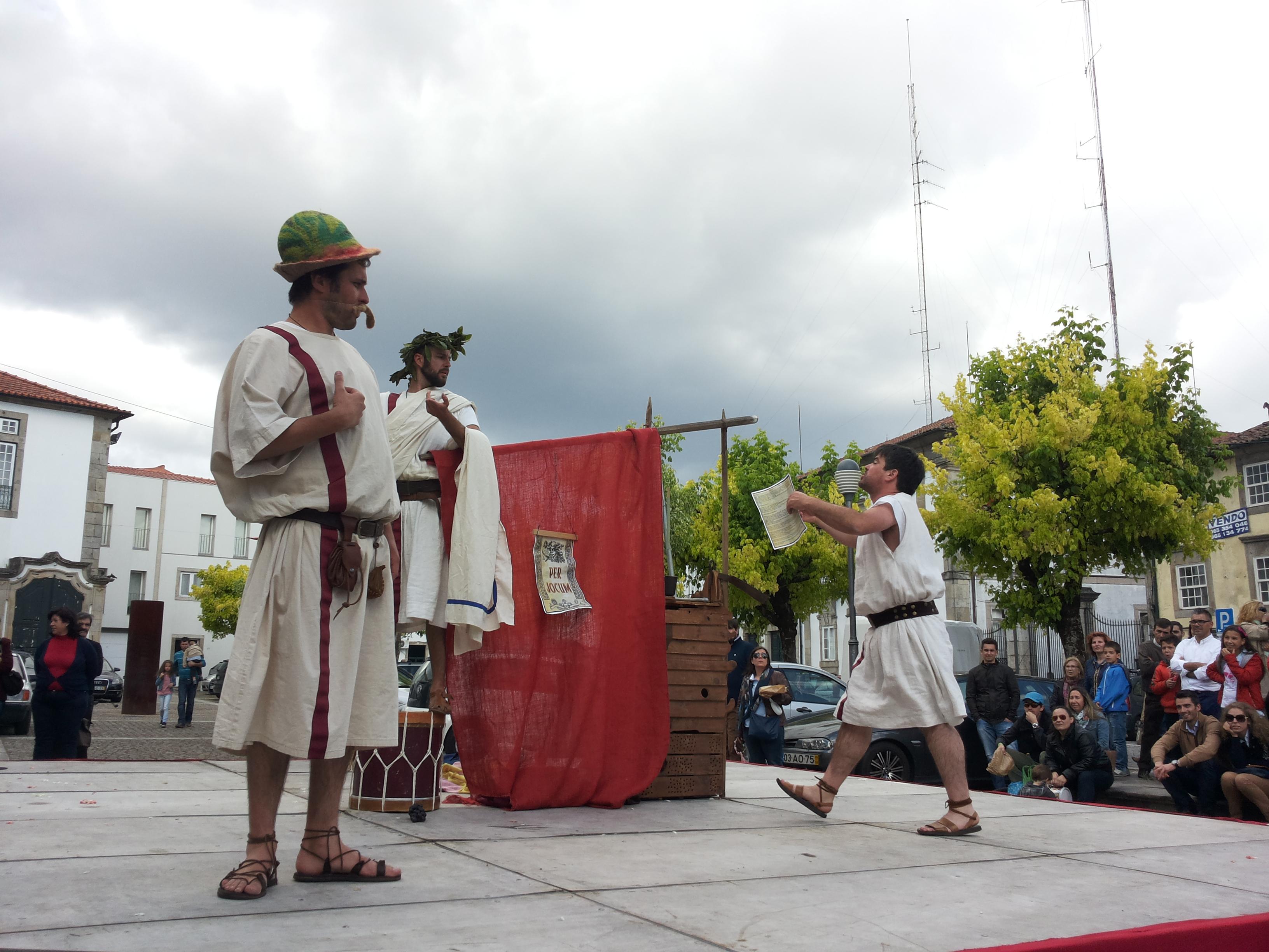 Per Jocum - Teatro de Rua - Animação de Rua