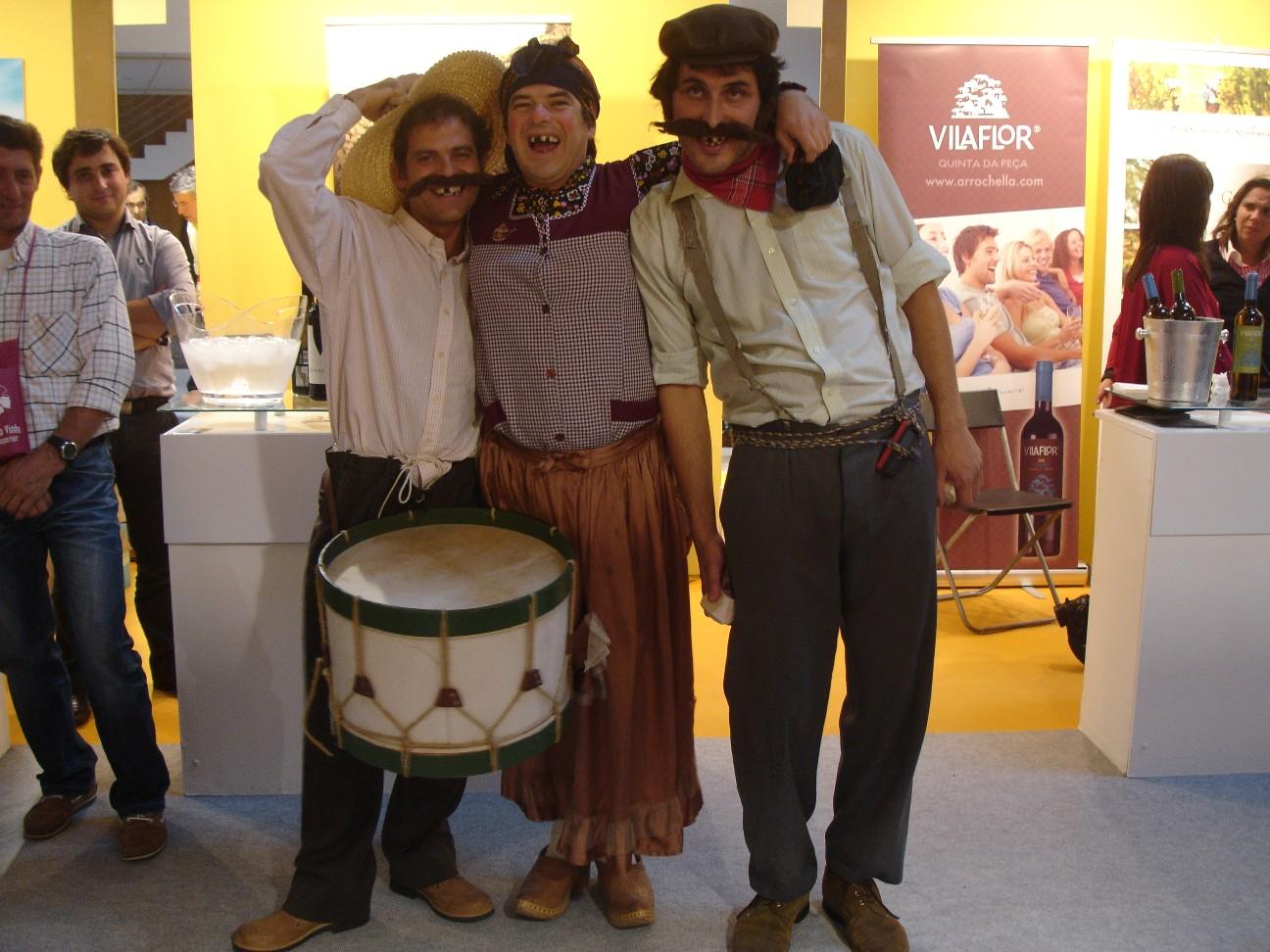 Os Rurais Tina, Tono e Toninha