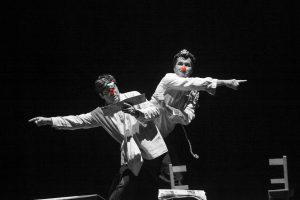 a meias... - Teatro Infantil - Teatro palco
